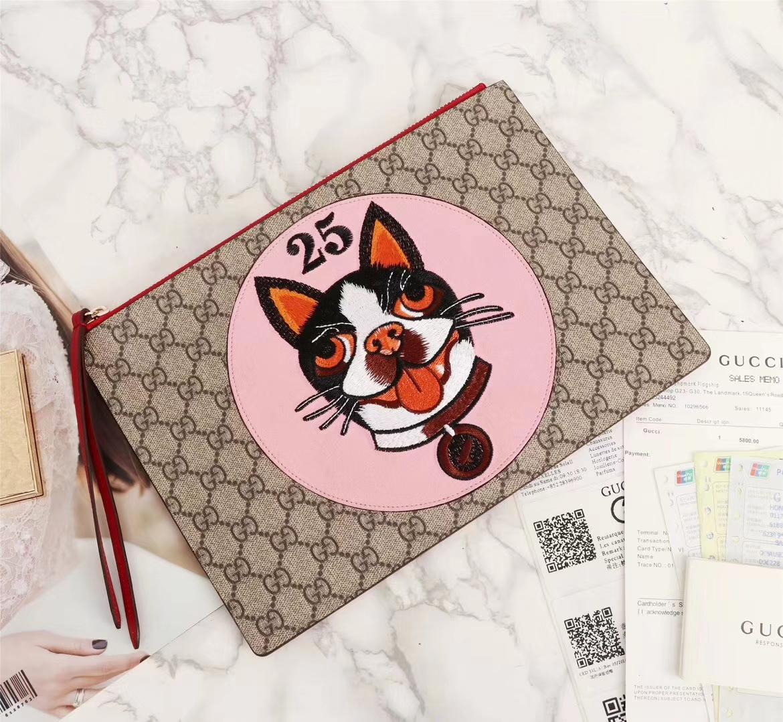 4c273e637e055a Gucci gg supreme zip around wallet with Bosco patch 506279 2018 ...