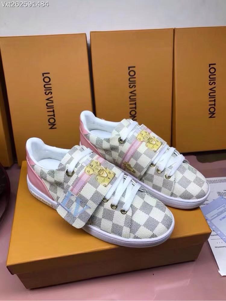 Louis Vuitton canvas low-top sneakers2018