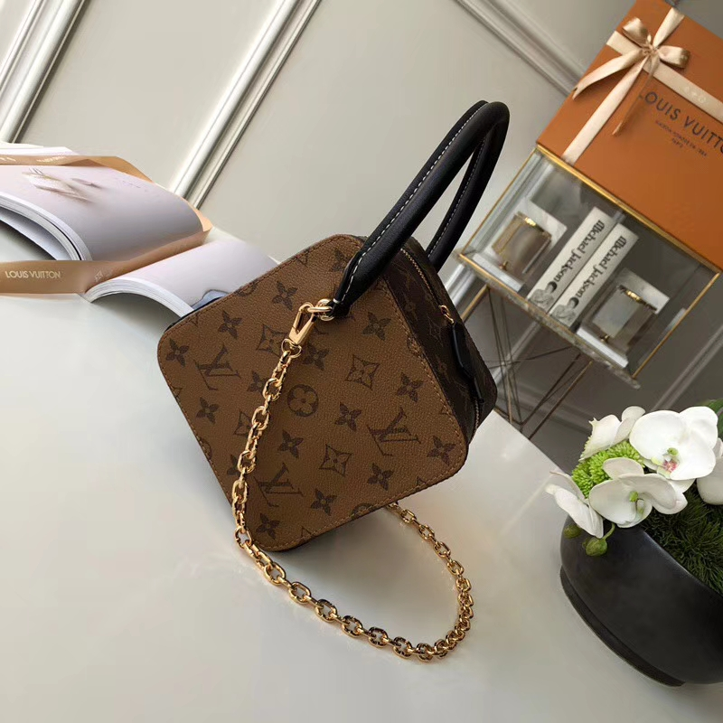 Louis Vuitton square bag monogram canvas M43589 2018
