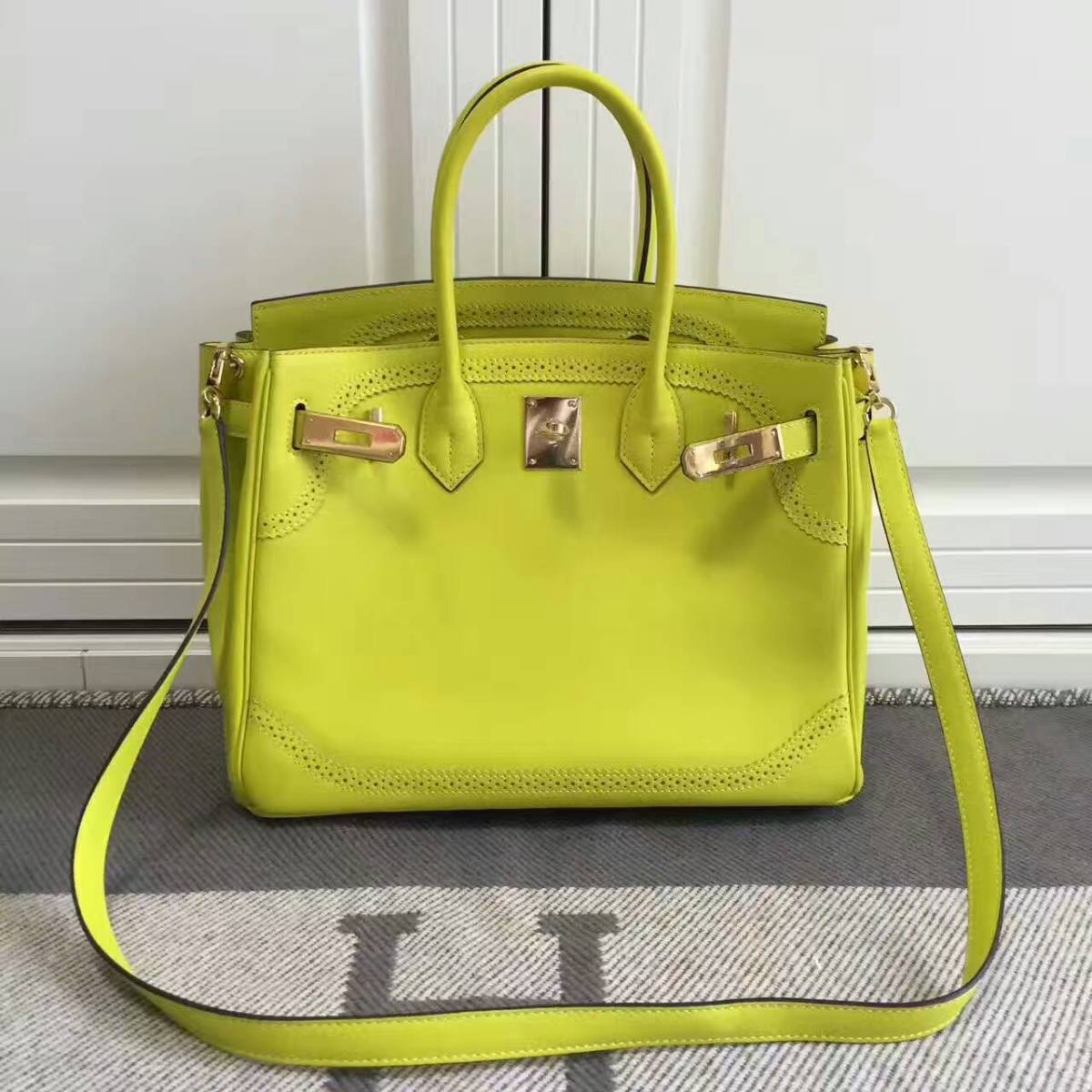 Hermes Birkin 30cm Swift leather bag with lace Yellow